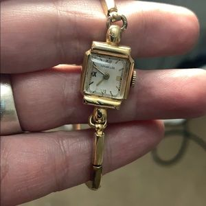 Tiffany and co concord . Watch. 18k solid tank